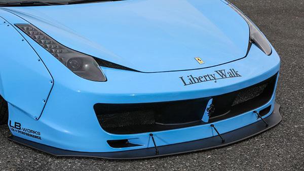 フェラーリ・458 イタリア エアロパーツ LB パフォーマンス