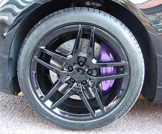 ベンツ W222 ブレーキキャリパー塗装
